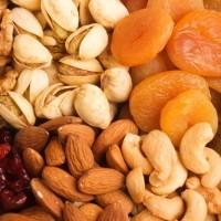 Riešutai, sėklos, džiovinti vaisiai